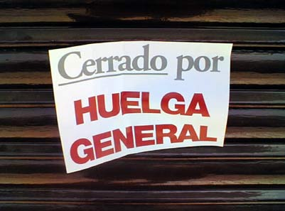 CERRADO POR HUELGA